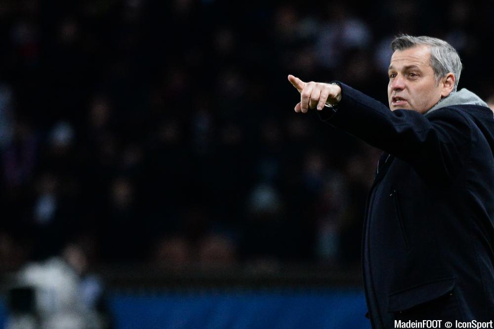 L'entraîneur Lyonnais sait ce qu'il doit faire pour remettre l'OL dans le droit chemin