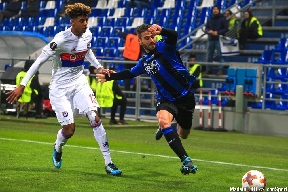 Willem Geubbels (à gauche), ici sur la pelouse de l'Atalanta Bergame.
