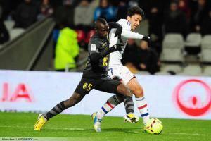 Idrissa GUEYE / clement GRENIER - 10.02.2013 - Lyon / Lille - 26eme journee de Ligue 1 -