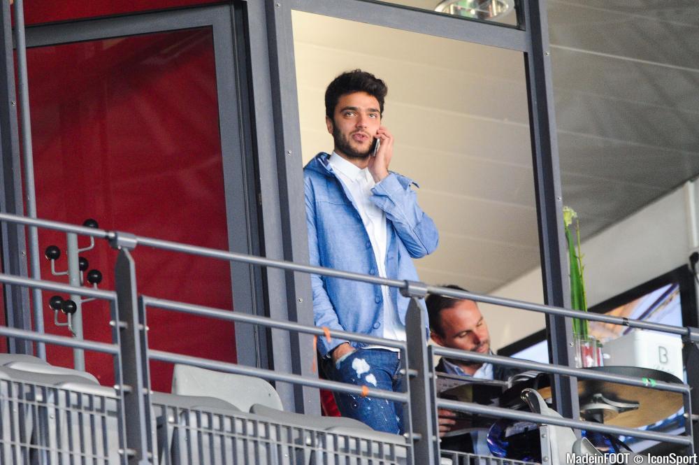 Le cas du Lyonnais attire l'attention de plusieurs clubs à travers l'Europe