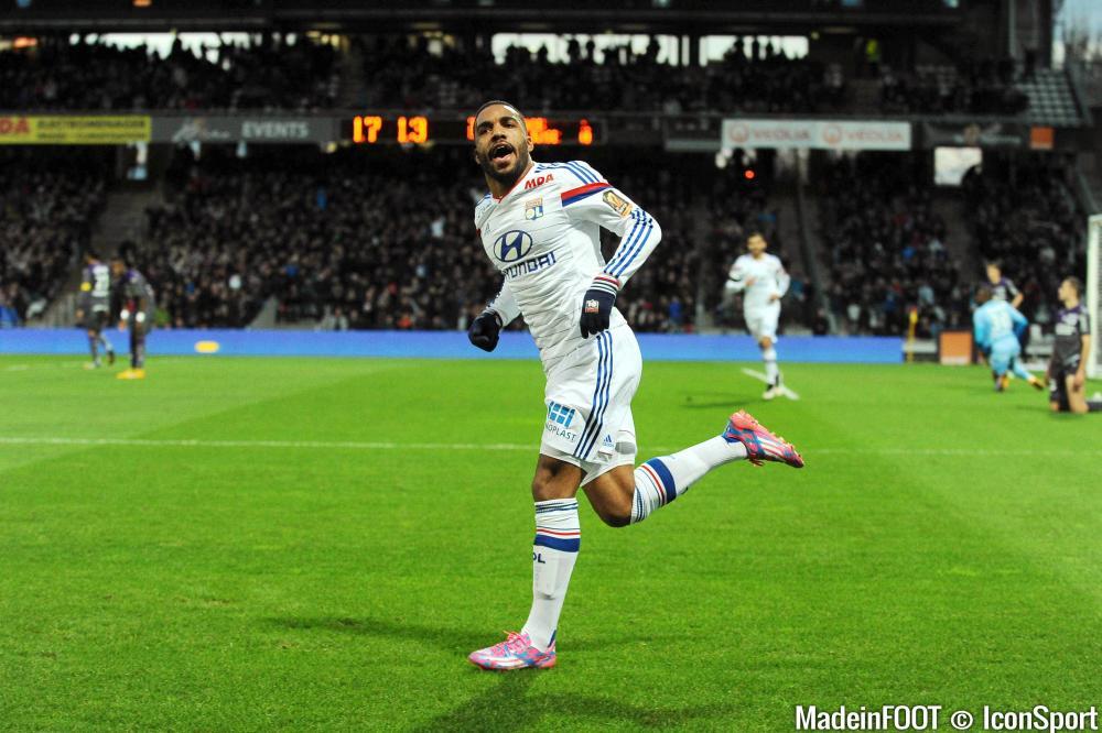 Auteur de 27 buts cette saison en Ligue 1, Lacazette a brillé avec l'OL.