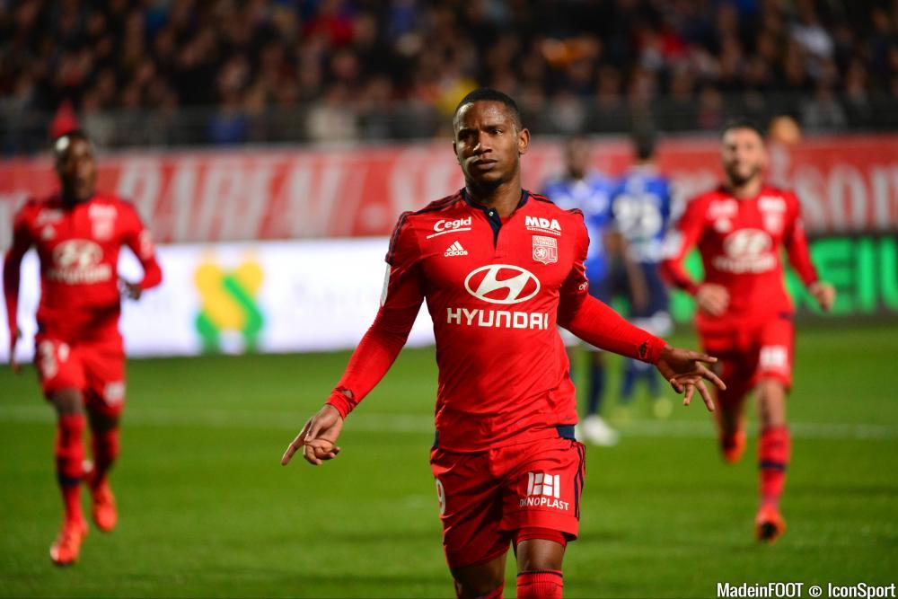 L'album photo du match entre l'ESTAC Troyes et l'OL.