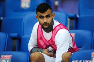 Rachid Ghezzal (OL) n'a toujours pas tranché quant à son avenir.