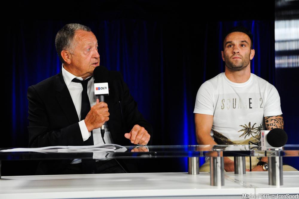 Ambiance survoltée en conférence de presse à Lyon !