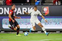 Da Silva (SRFC) et Mbappé (PSG)