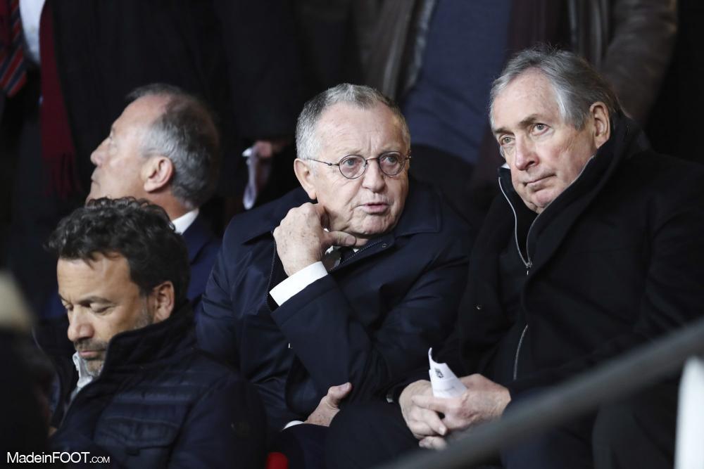 Gérard Houllier, ici aux côtés de Jean-Michel Aulas (OL).