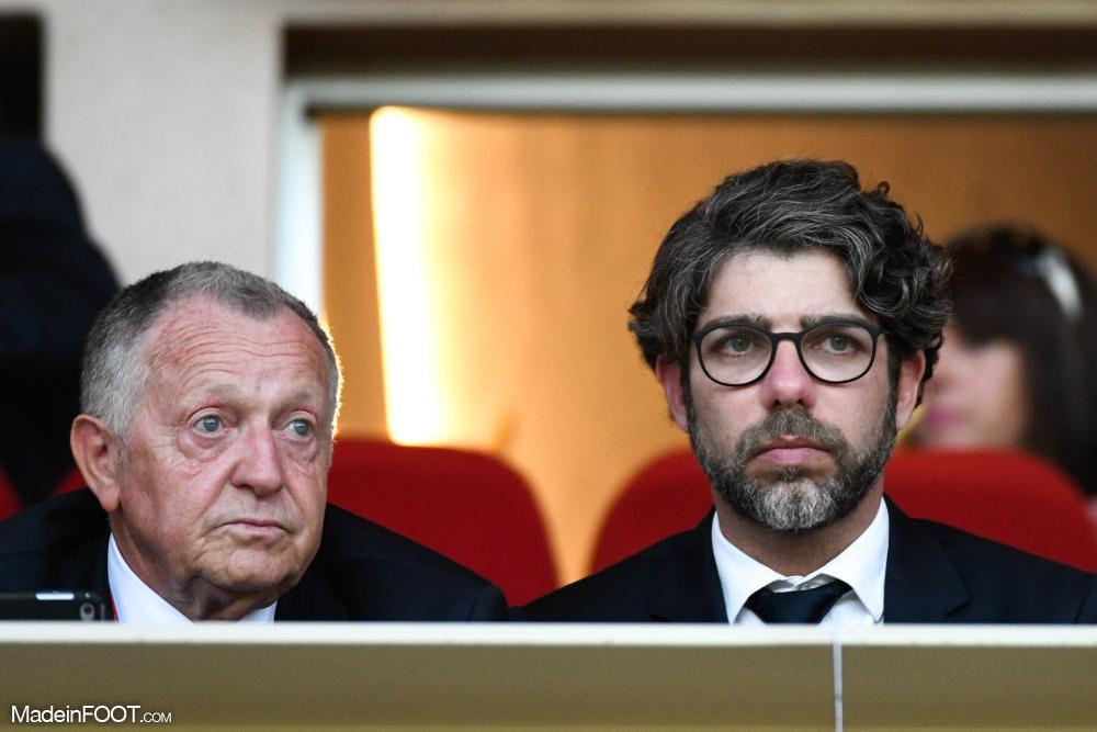Jean-Michel Aulas, l'emblématique président de l'OL, aux côtés de Juninho.