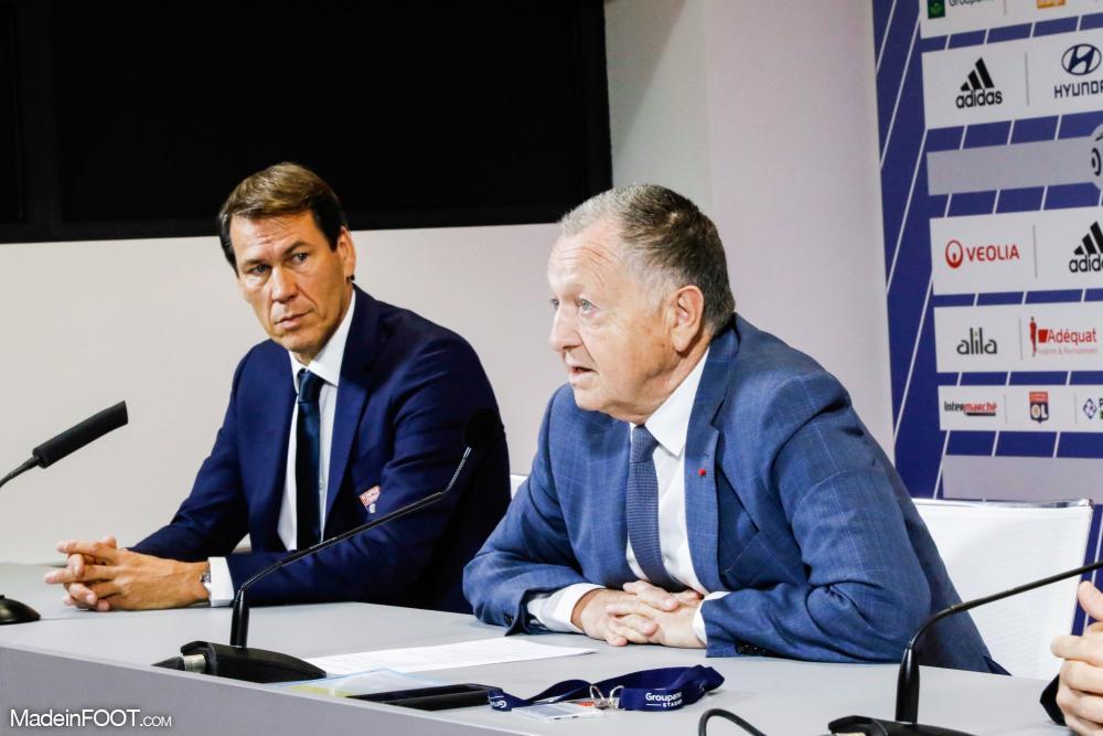 Jean Michel Aulas en conférence de presse avec Rudi Garcia