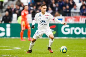 Maxence Caqueret, le milieu de terrain de l'Olympique Lyonnais.