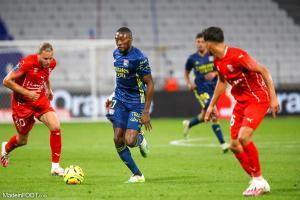 L'album photo du match entre l'Olympique Lyonnais et le Nîmes Olympique.