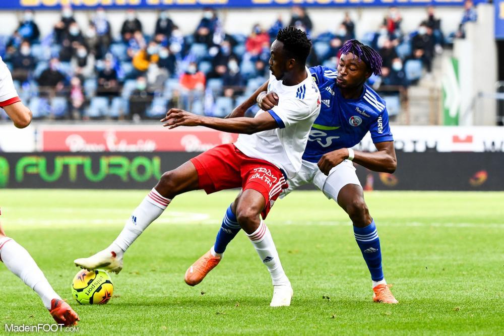 L'Olympique Lyonnais s'est imposé face au Racing Club Strasbourg Alsace (2-3), ce dimanche après-midi en Ligue 1.