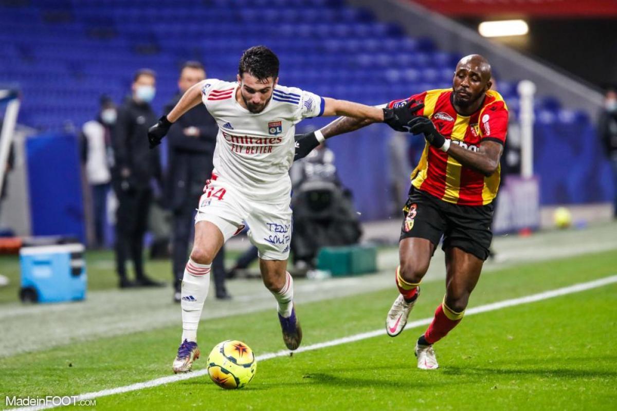 L'album photo du match entre l'Olympique Lyonnais et le Racing Club de Lens.