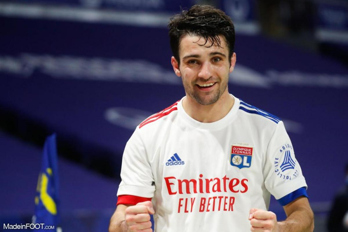 Léo Dubois, le défenseur latéral droit de l'Olympique Lyonnais.