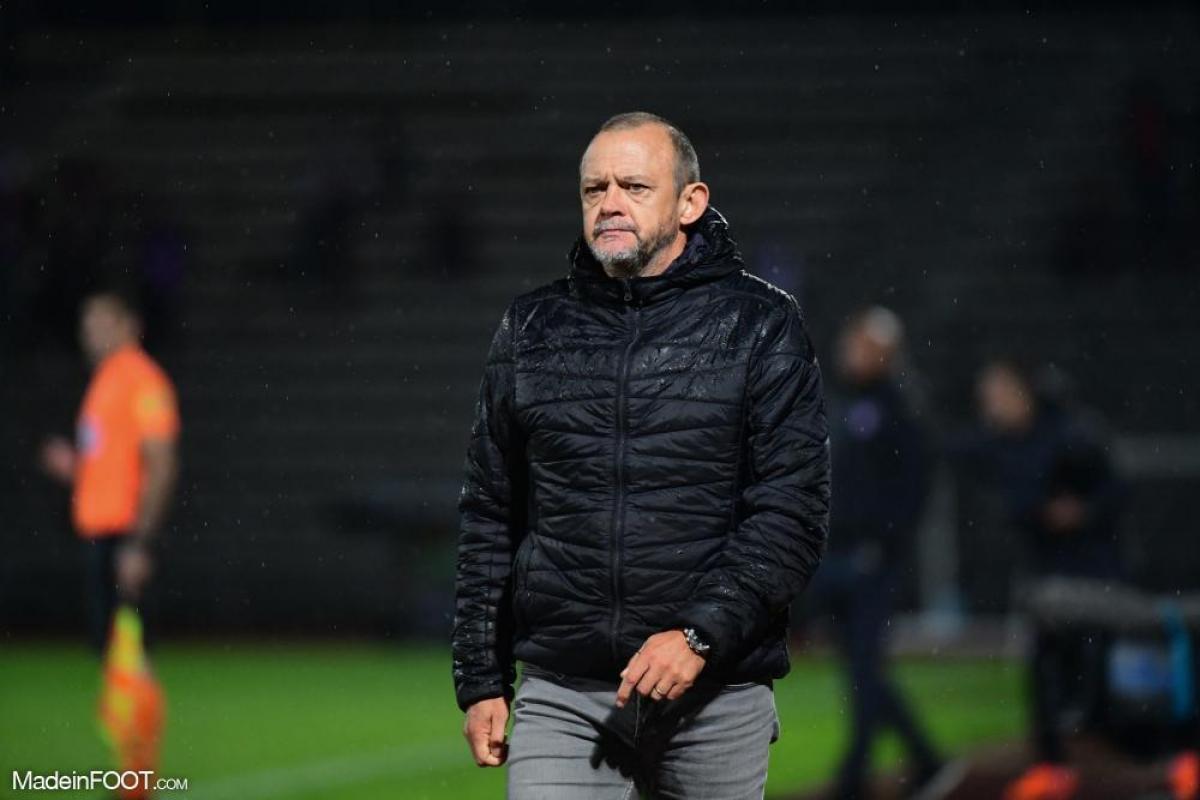 Pascal Plancque entraîne le Nîmes Olympique depuis février 2021