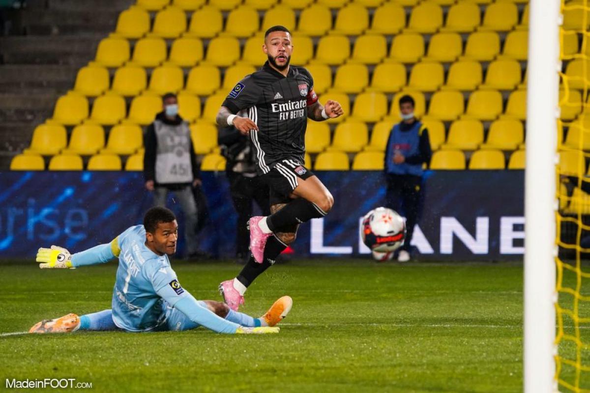 Memphis Depay a marqué un doublé face à Nantes