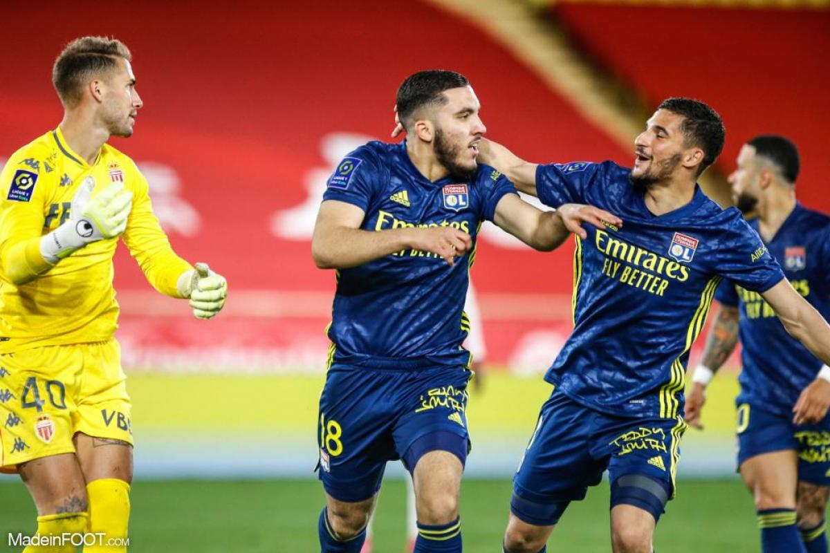 Cherki célébrant son premier but en Ligue 1 contre Monaco