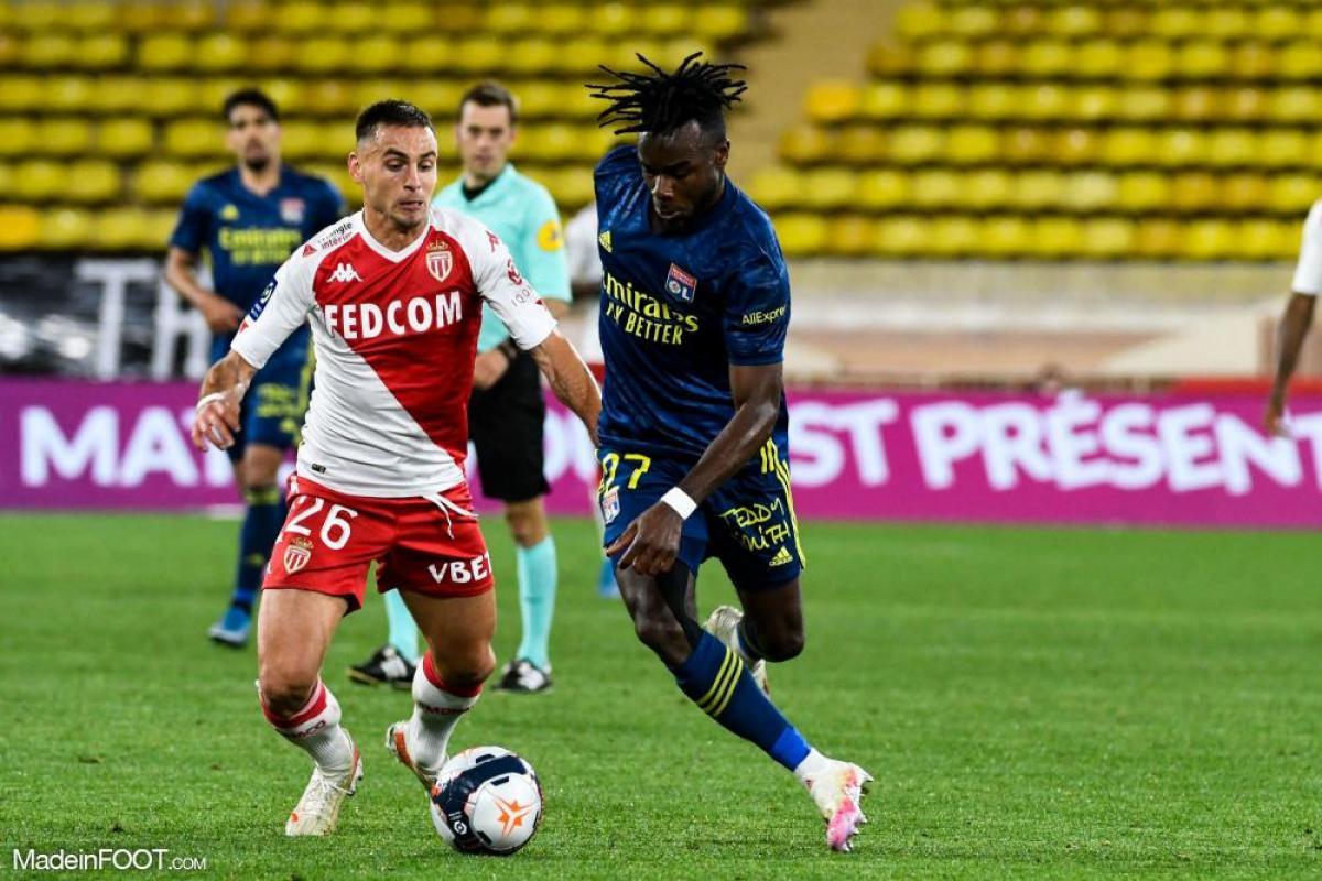 Maxwel Cornet, le défenseur latéral gauche et ailier polyvalent de l'Olympique Lyonnais.