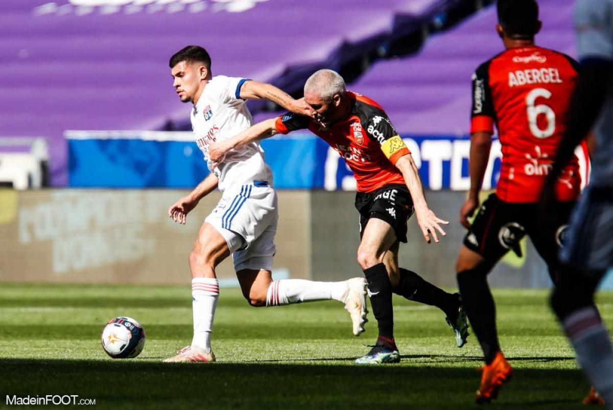 Les compositions officielles du match entre l'OL et le FC Lorient sont tombées