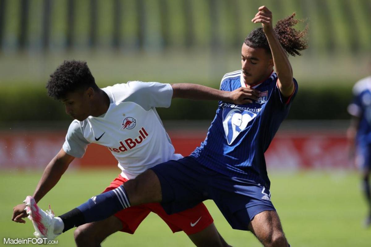 Malo Gusto compte 2 apparitions en Ligue 1 avec Lyon