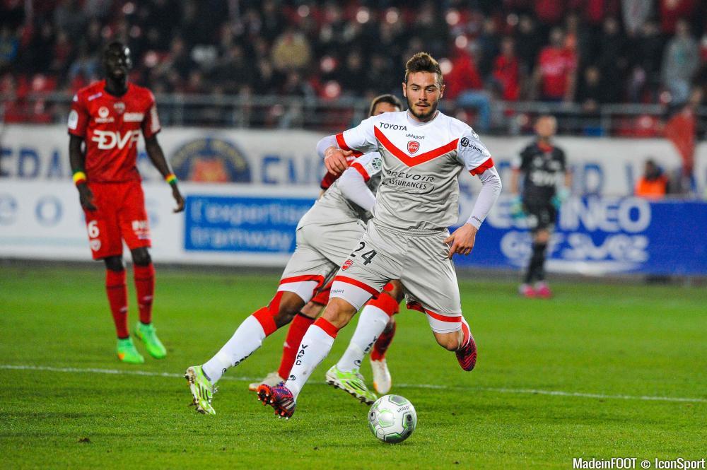 Lucas Tousart est Lyonnais depuis hier.